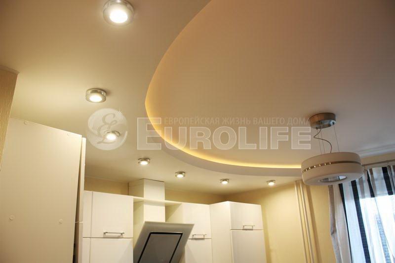 Дизайн натяжных потолков с подсветкой фото