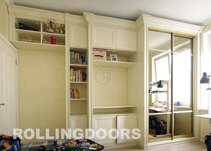 Встроенная мебель в спальню в белом цвете